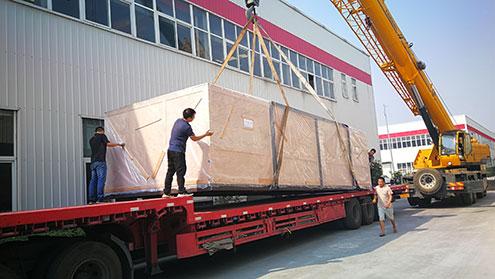 激光切割機裝箱發往哈薩克斯坦